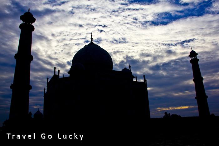 visit to india gate essay